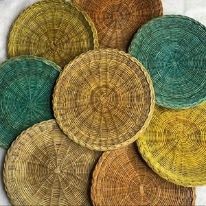 Vintage Set of 8 Flat Plate Holders Wicker Boho